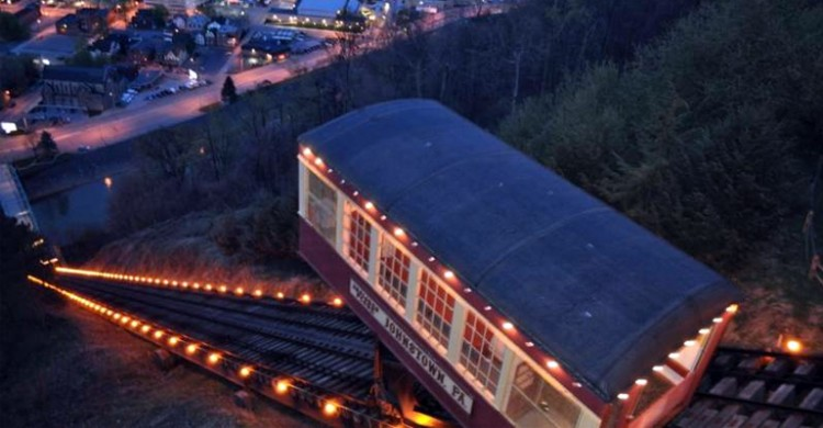 Johnstown PA's Incline Plane lit up at nighttime